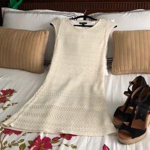 🌈👗 NWT Jessica Simpson crocheted dress in cream
